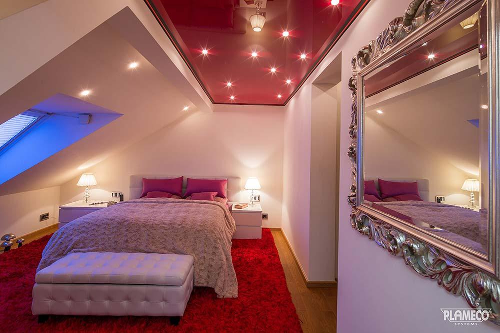 Kreative Schlafzimmerdecke mit Lackspanndecke von PLAMECO RheinSieg Gregor Blechinger in Köln